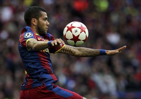 22-Dani-Alves-Barcelona-68milyon950bin