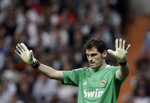 24-Iker-Casillas-RealMadrid-68milyon950bin