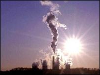 zehirli gazlar yayiliyor | Protokolü imazlamayan ibneler görün!