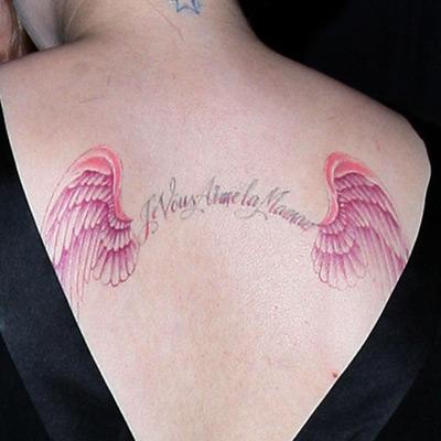 Kelly Osbourne bir melek kadar masummm.