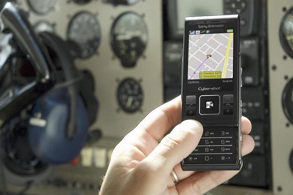 Sony Ericsson C905 3