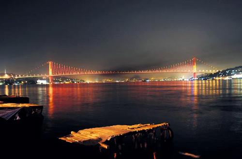 isatnbul boğaz köprüsü