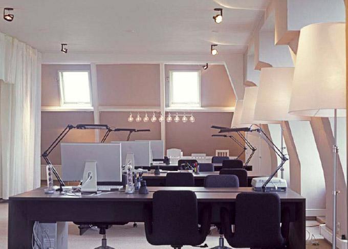 UXUS Design Offices 3