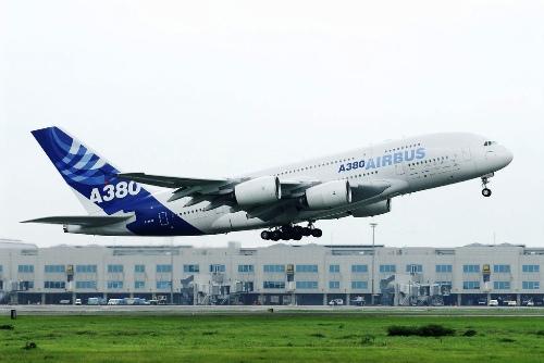 Airbus A380 - dunyanin en buyuk ucagi