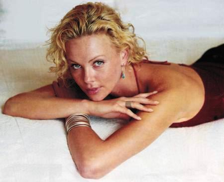 Nicole Kidman 35