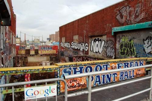Google çöküş. Coney Island / New York-USA.