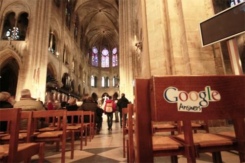 Google cevaplar. NOTRE DAME DU Paris France.