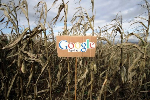 Google açlık. Brescia-Italy.