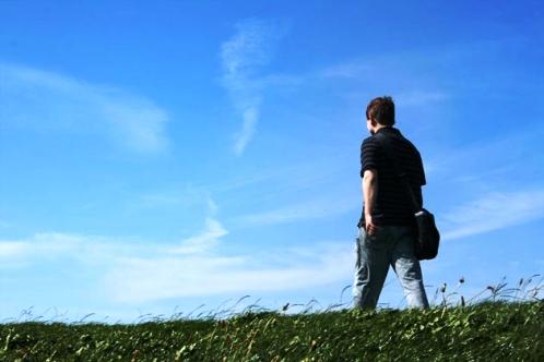 Ciğerlerinize dolan temiz hava aklınızı da berraklaştıracaktır. Doğayla başbaşa geçireceğiniz bir-iki saat, zihninizi doğru bir perspektife oturtmanıza yardımcı olur.