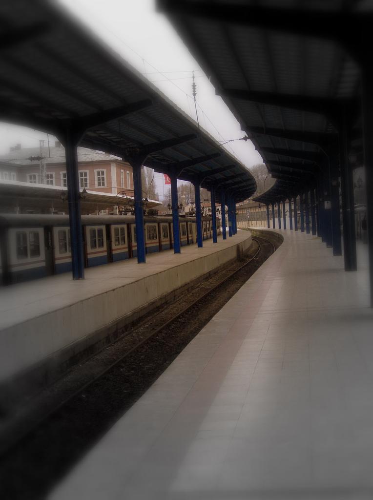 tren-ayrilik